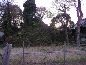 1280px-Fujizuka_Nagareyama