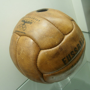 800px-Fussball_1936