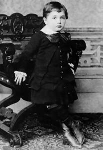 Albert_Einstein_at_the_age_of_three_(1882)