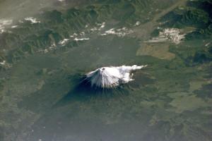 Mt_Fuji_NASA_ISS002-E-6971_large
