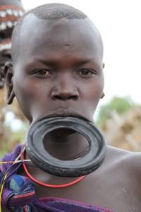 Omo-Valley-Tribes-Surma