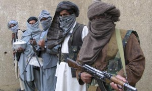 Taliban-guerrilla-fighter-001