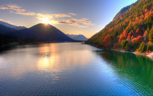 autumn-free-wallpaper-beautiful-river_2560x1600_93211