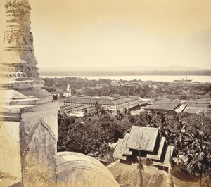 Moulmeinfromgreatpagoda