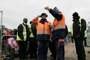 Red_Bull_Air_Race_Organisers_Giving_Directions_A8V3161